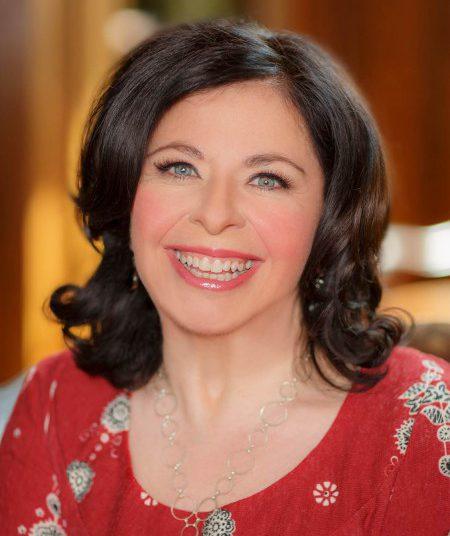Get to know Jeanette Lynton! #ctmh #closetomyheart #thanksgivingdinner #gratitude #conversation