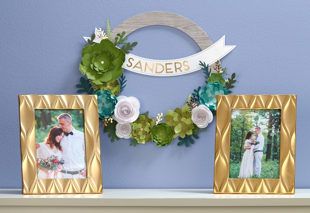 The perfect, affordable wreath kit for the bride-to-be! #ctmh #closetomyheart #wedding #gift #bridalshower #succulentwreath #kit #diyhomedecor