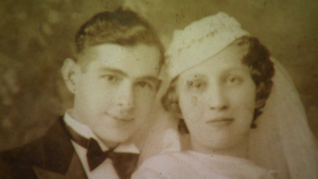 10 Miraculous Stories about Lost and Found Memories #ctmh #closetomyheart #memorykeeping #familymemories #scrapbooking #familyalbum #familyhistory #miracles