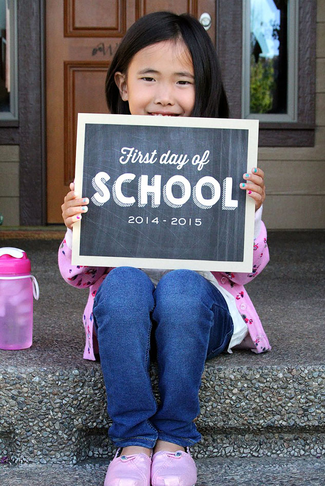 school photos #ctmh #closetomyheart #schoolpohotos #backtoschool #chalkboard #firstday