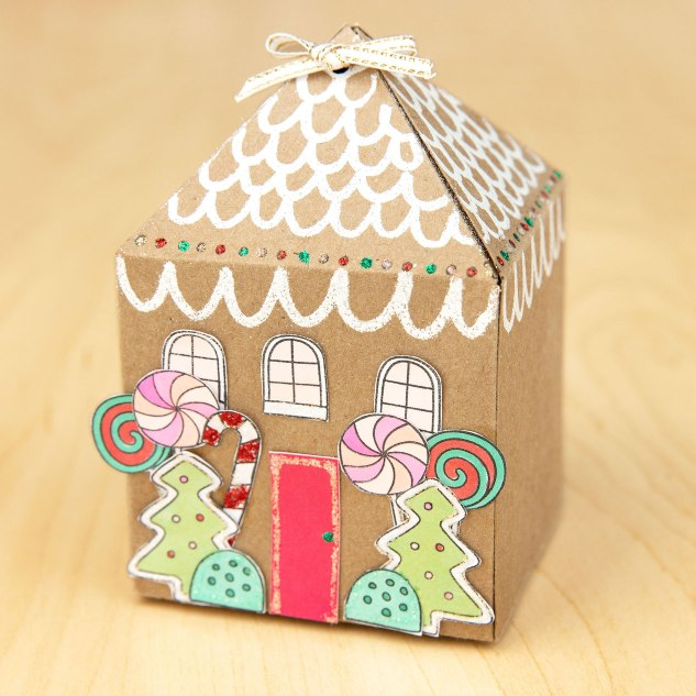 Christmas Treats #ctmh #closetomyheart #cricut #designspace #ctmhphilosophy #ctmhartiste #Christmas #holiday #treat #treatbox #papercrafting #partyfavor #stockingstuffer #schooltreat #gingerbreadhouse