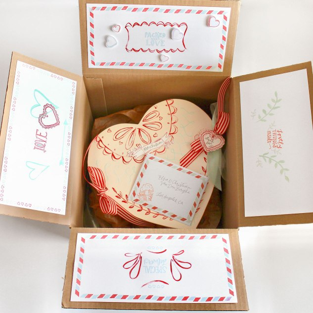 Galentines with Aimee Ferre #ctmh #closetomyheart #ctmhaimeeferre #aimeeferre #galentine #valentine #love #candybox #treatbox #diy #cardmaking #papercrafting #airmail #snailmail